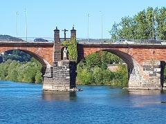 Auch eine Hinterlassenschaft der Römer in Trier:  die Römerbrücke