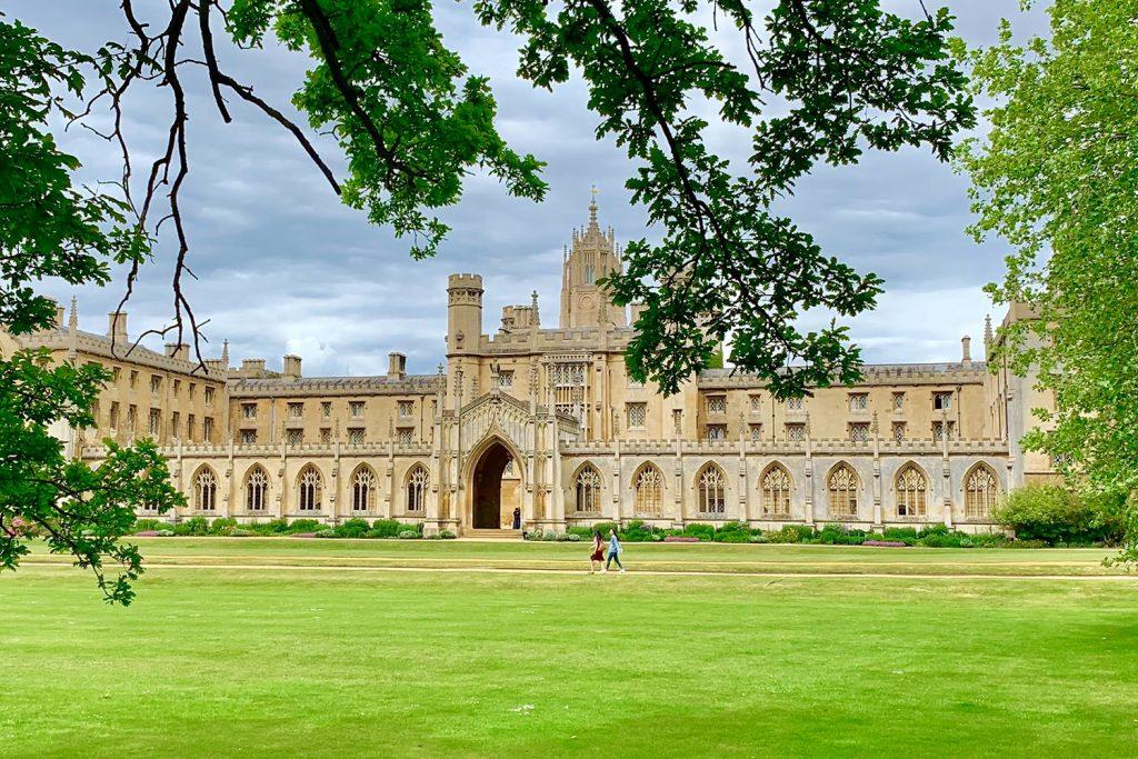 Cambridge University, England (Foto: Divyansh Jain, Unsplash)